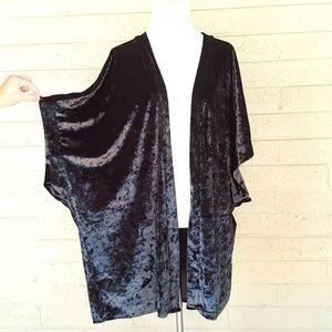 Victoria's Secret Sweaters - Victoria's Secret   Crushed Velvet Kimono Top